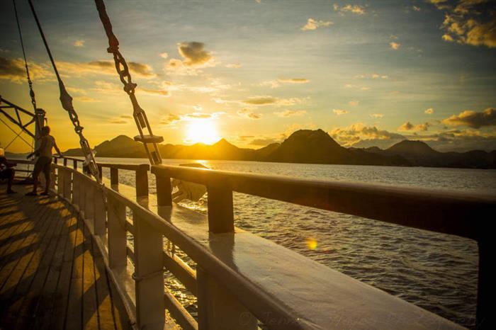 Relax and enjoy amazing views - Ombak Putih