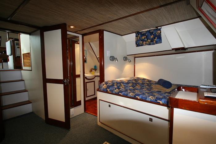 Cabin 3 - Ocean Hunter 1