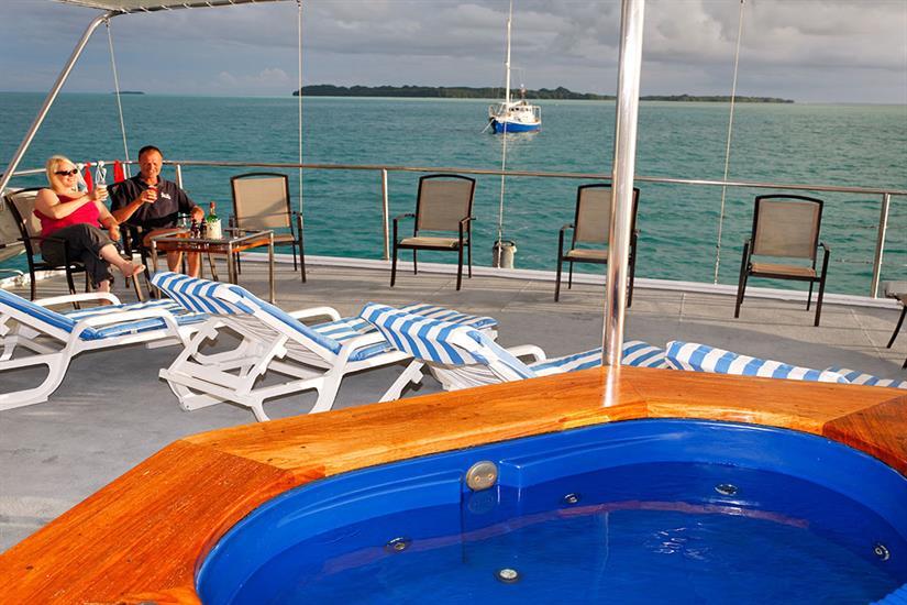 Relax on the sun deck - Ocean Hunter 3