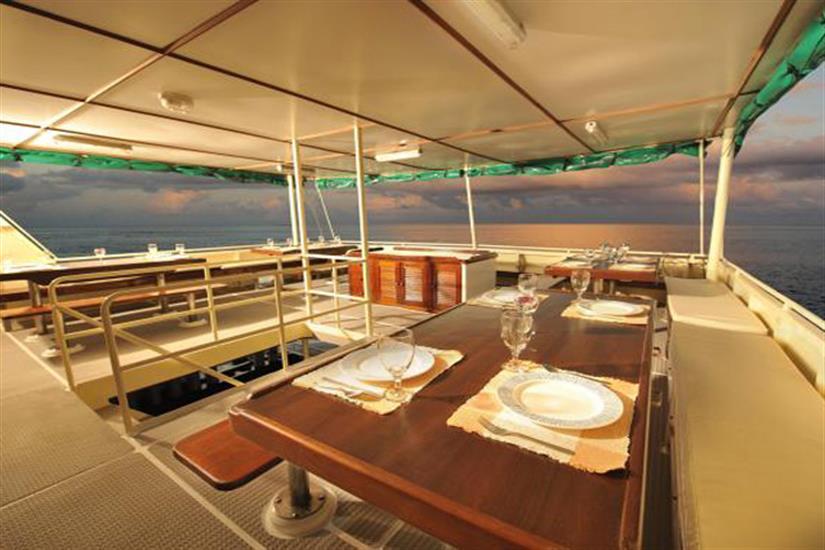Open Air Dining Area - Black Manta