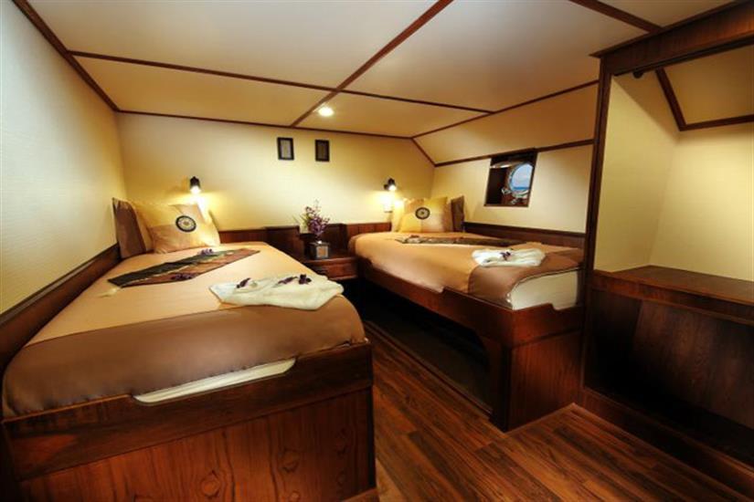 Lower Deck En-Suite Cabin - Black Manta