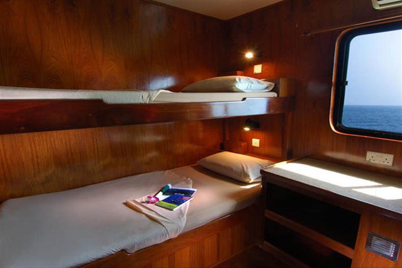En-Suite Cabins 3&4 - Black Manta Liveaboard
