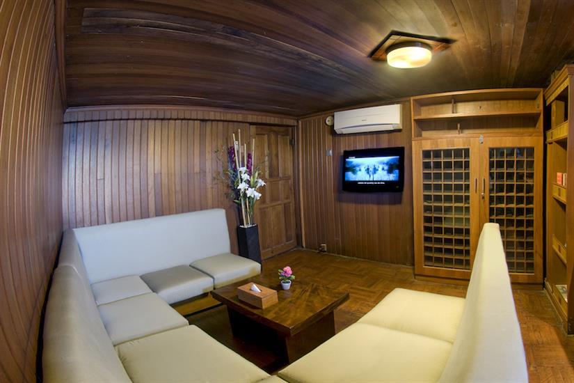 Cinema room - Cheng Ho Indonesia