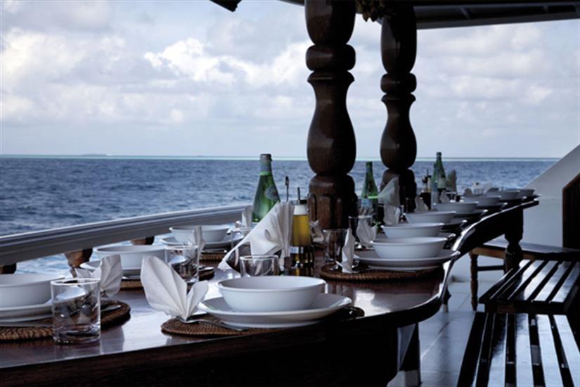 Outdoor dining area - Conte Max