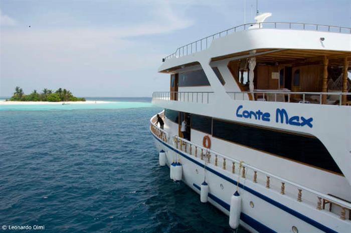 Explore the amazing Maldives onboard Conte Max