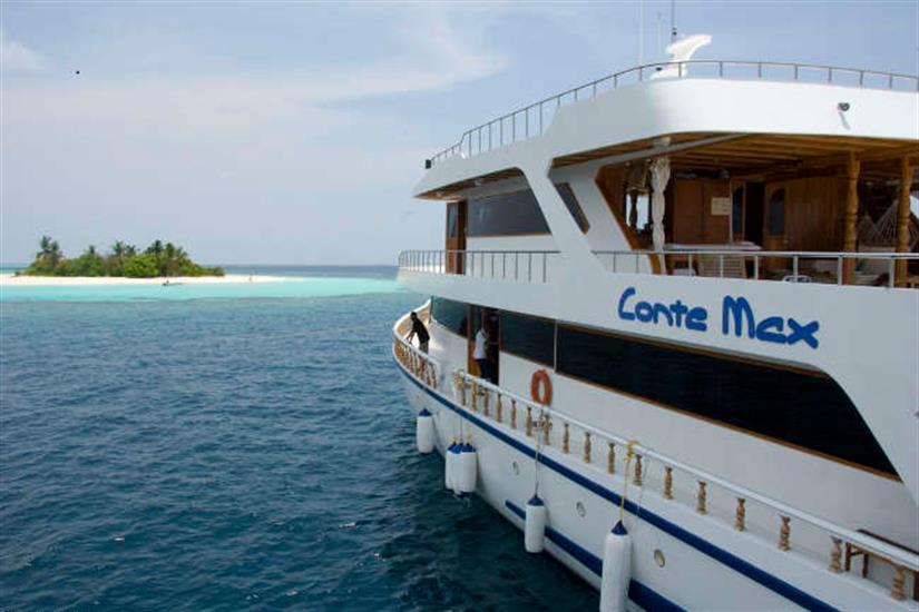 Explore the amazing Maldives onboard Conte Max
