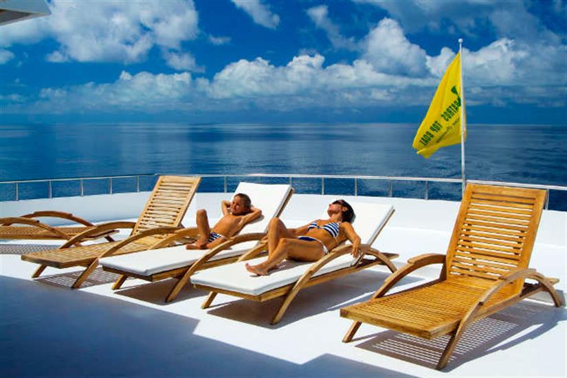 Sun deck relaxation - Conte Max