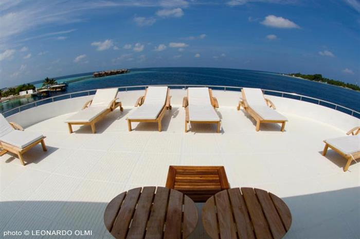 Space to relax and enjoy the Maldivian sunshine - Duke of York