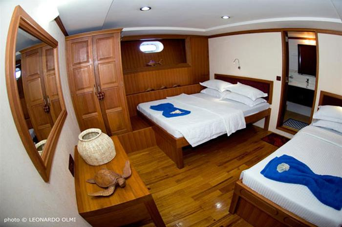 Double cabin (also with single bed) - Duke of York Liveaboard