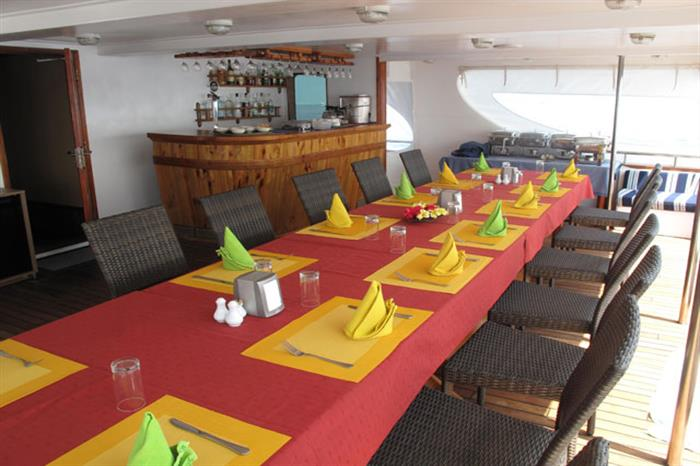 Al Fresco Dining Area - Carpe Diem Liveaboard