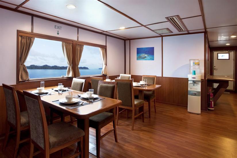 Infiniti Indoor Dining Area