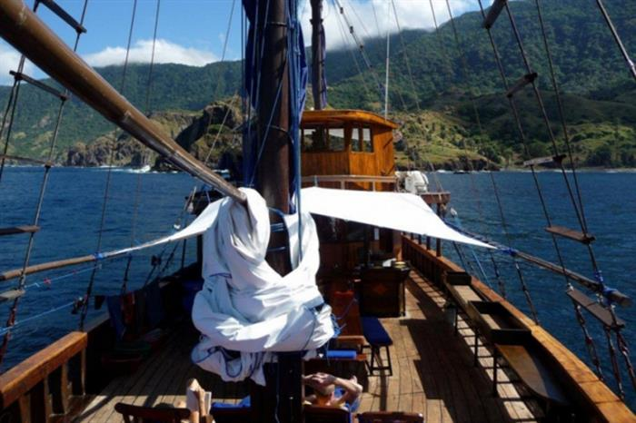 Frontal shot of Moana Liveaboard