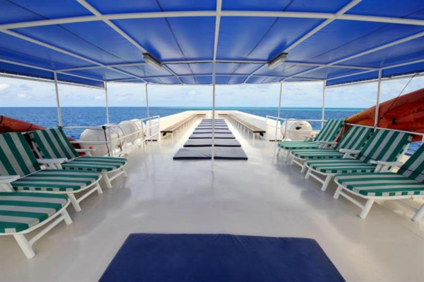 White Manta Sun Deck