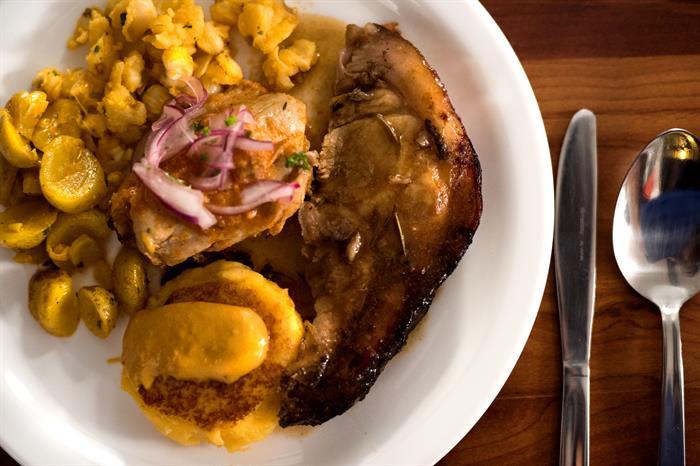 Delicious cuisine - Galapagos Master