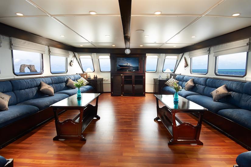 Indoor Lounge - Galapagos Master