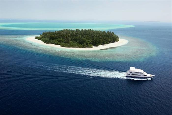 Cruising around the Maldives aboard Emperor Voyager
