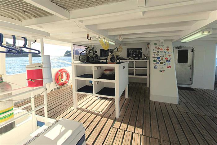 Sea Hunter Liveaboard Camera Storage