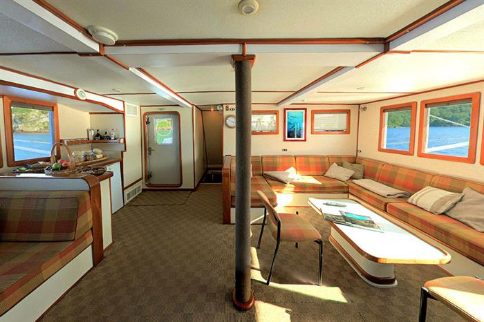 Sea Hunter Liveaboard Dining Area