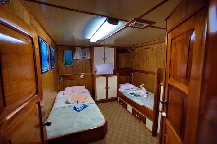 Sea Hunter Liveaboard Twin Cabin