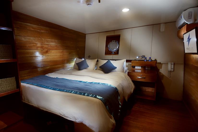 Deluxe Double cabin Solitude One Liveaboard