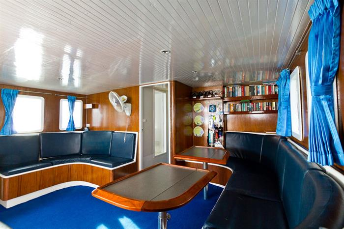 Relaxing area onboard Giamani Liveaboard