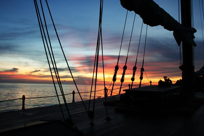 A romantic journey with sailing yacht
