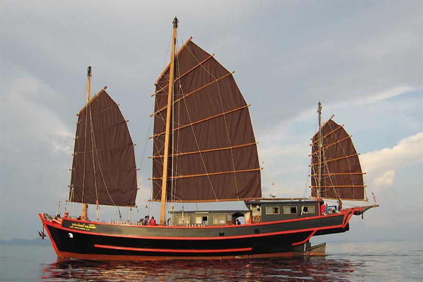 The Junk Liveaboard Full Sail