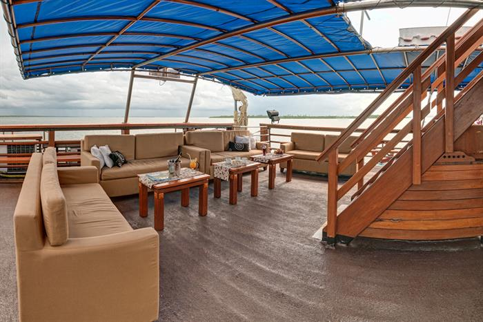 Open air relaxation - Sea Safari 8 Raja Ampat