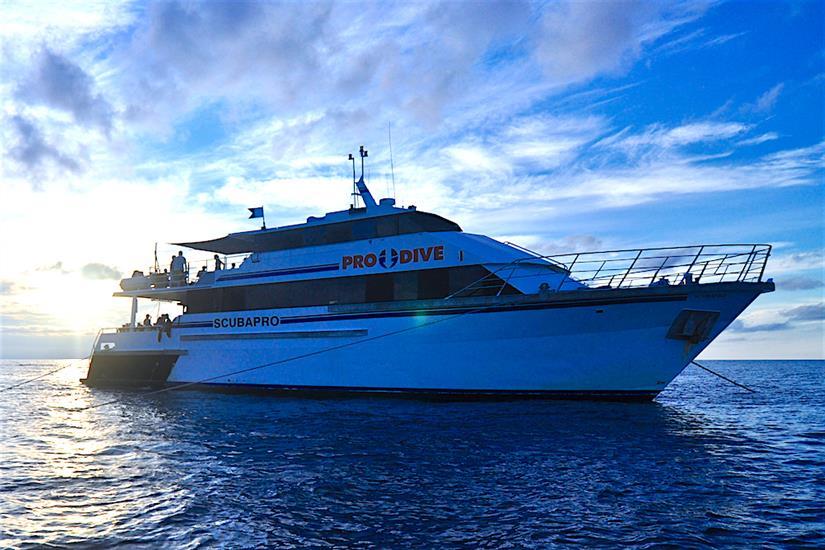 ScubaPro III Liveaboard, Great Barrier Reef, Australia