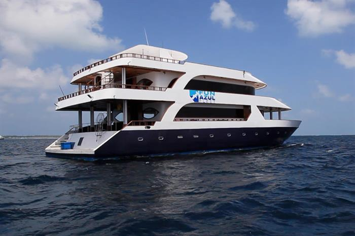 Lots of space to enjoy the Maldives onboard Fun Azul