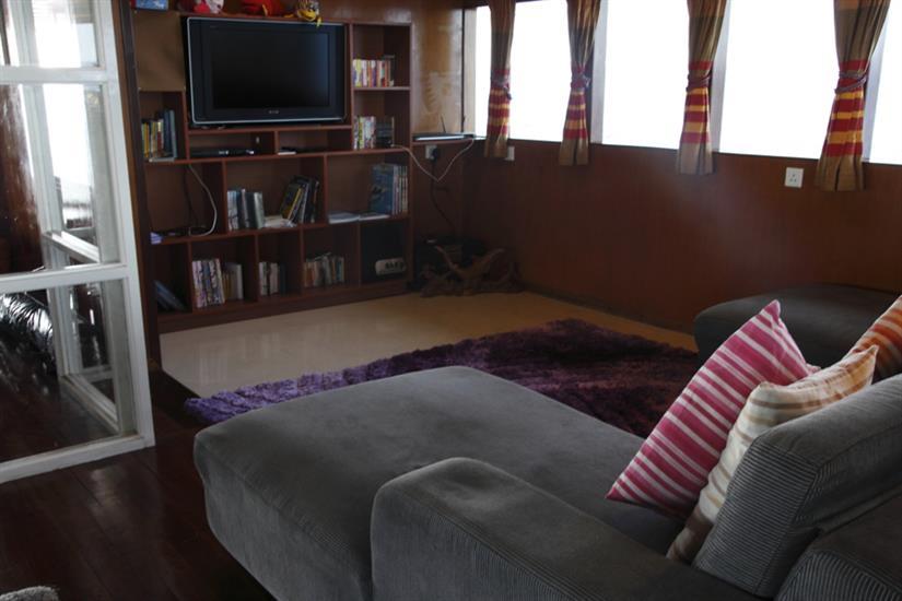 Lounge area with TV - Fun Azul