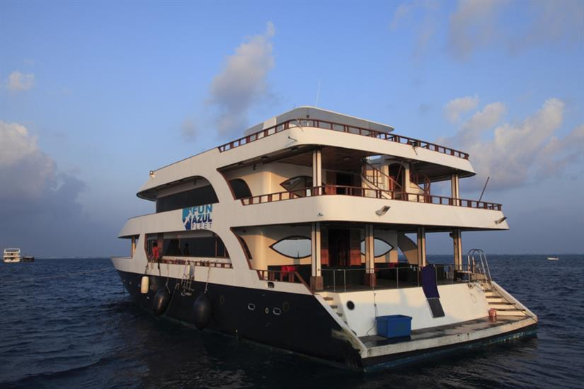 Rear of Fun Azul Maldives