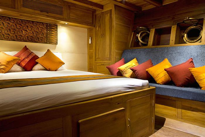 Cabin 2 aboard the Mantra Liveaboard