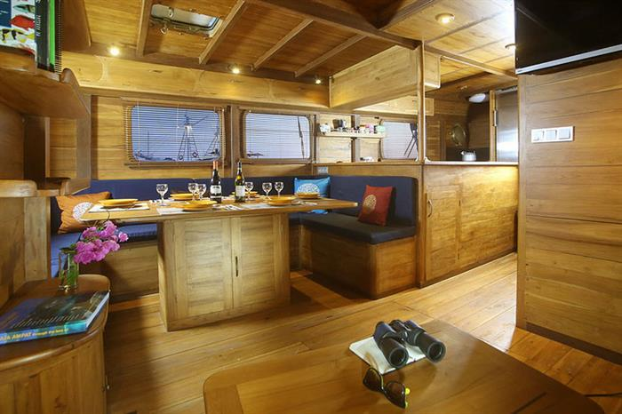 Indoor Dining Mantra Liveaboard