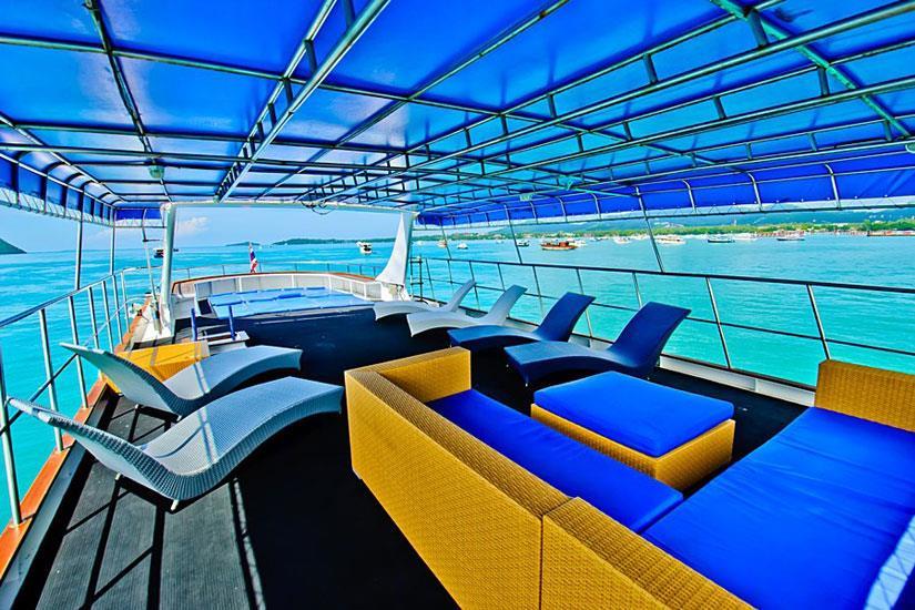 Shaded sun deck - Deep Andaman Queen