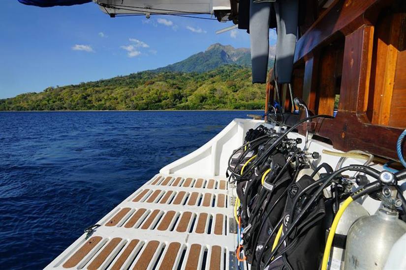 Dive Deck - MatahariKu Indonesia