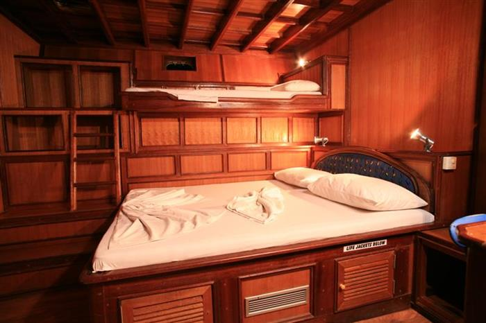 Blue Shark 2 Dive Liveaboard Cabin