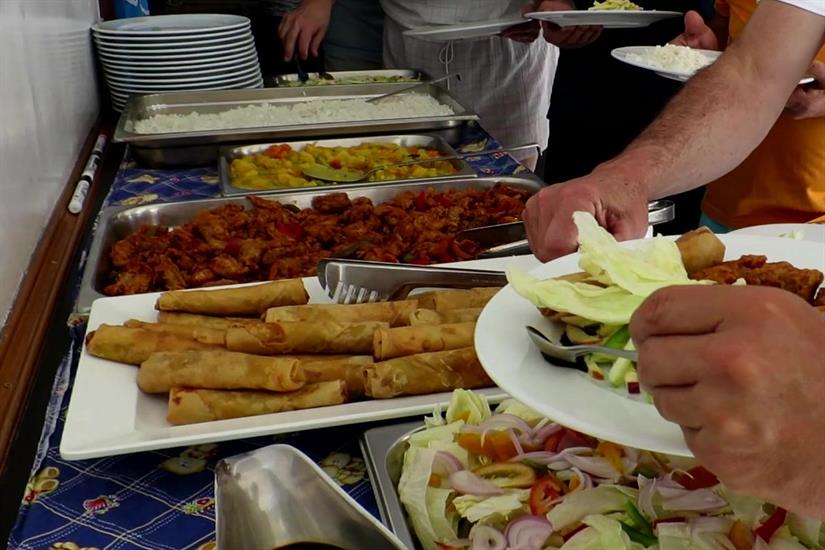 Lunch buffet with a fine mix between local and western food