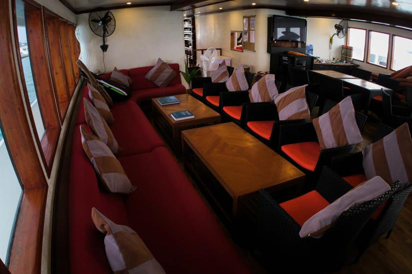 Indoor Lounge aboard Manta Cruise Liveaboard Maldives
