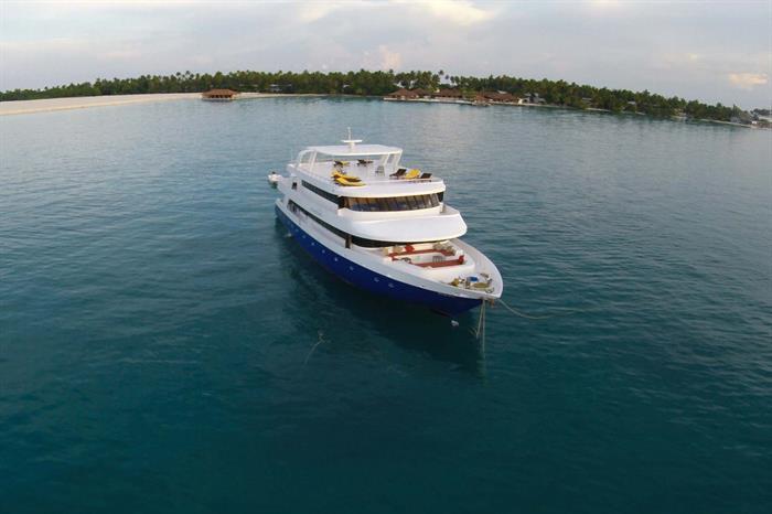 Manta Cruise Liveaboard Maldives
