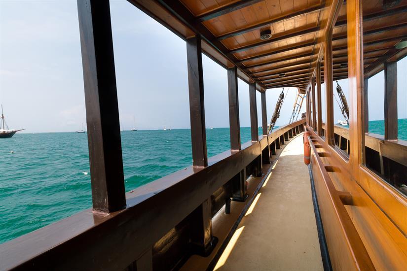 Main deck gangway