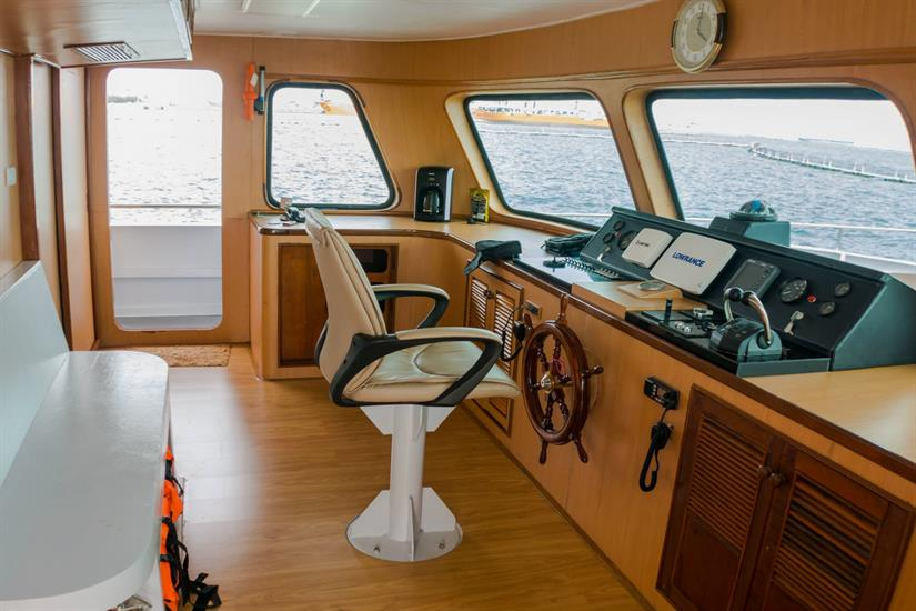 MV Dive Race Class E Liveaboard Wheelhouse