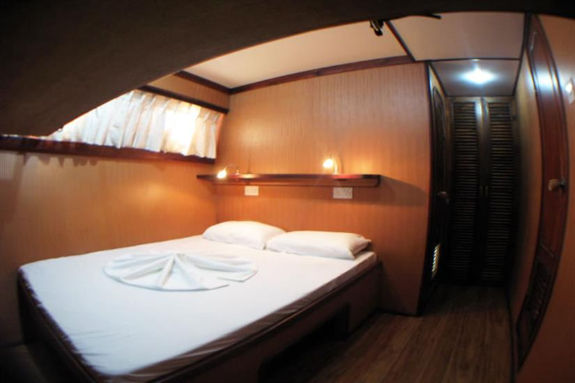 Double Bedroom Fully Air Conditioned with attached toilet