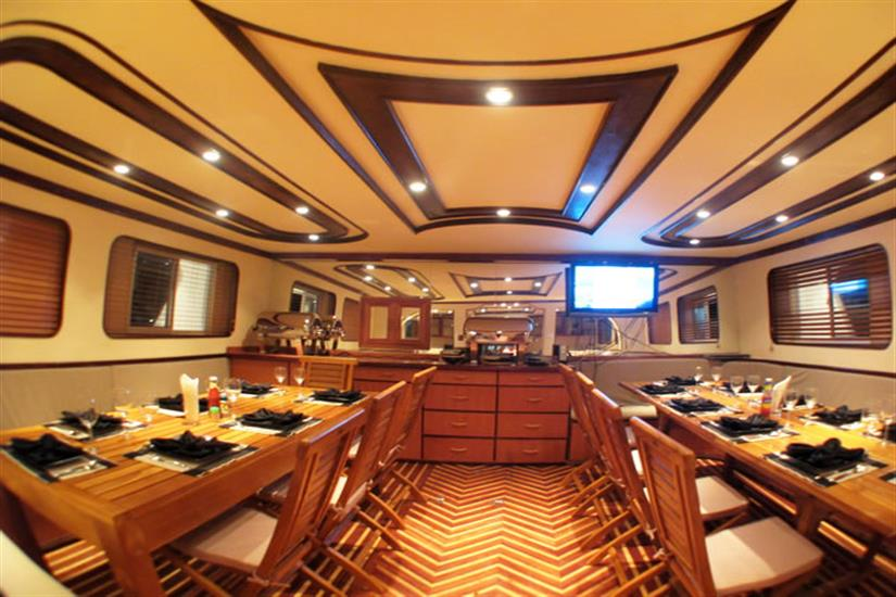 Fully Air Conditioned Restaurant aboard the Amphibiya Maldives Dive liveaboard
