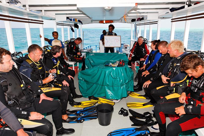 MY Sheena Liveaboard Maldives Diving Dhoni