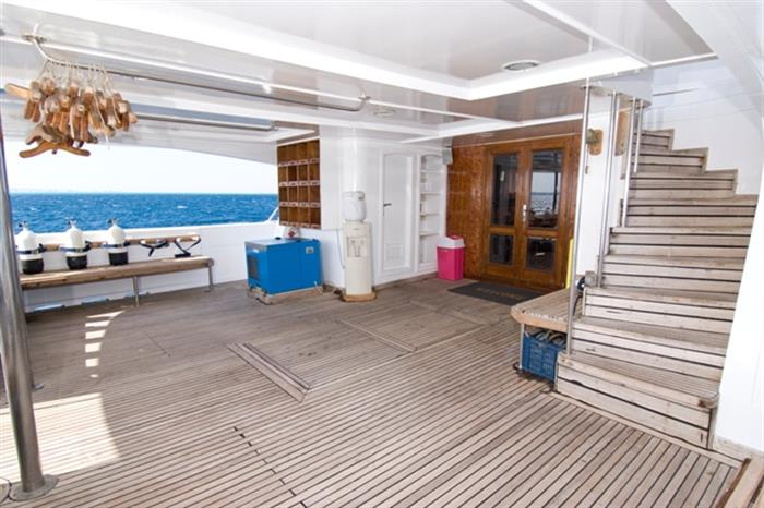 MY Contessa Mia Liveaboard Red Sea Dive Deck