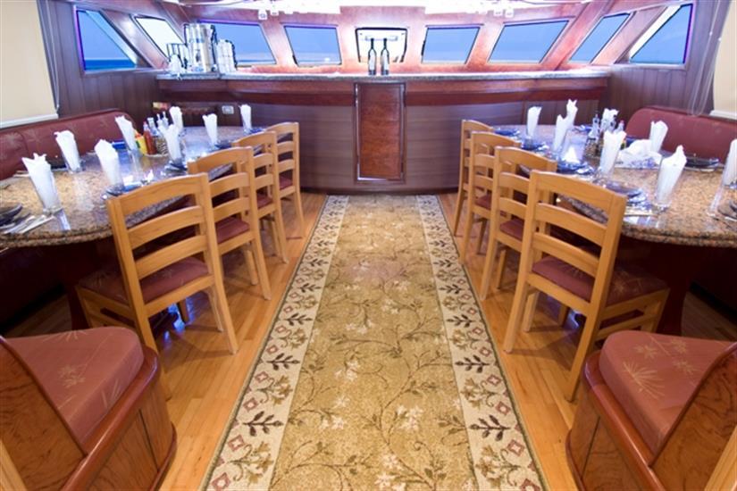 MY Contessa Mia Liveaboard Red Sea Dining Area