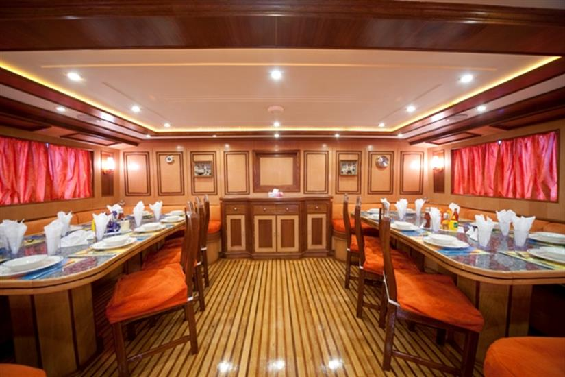 M/Y Obsession Liveaboard Red Sea Dining Area