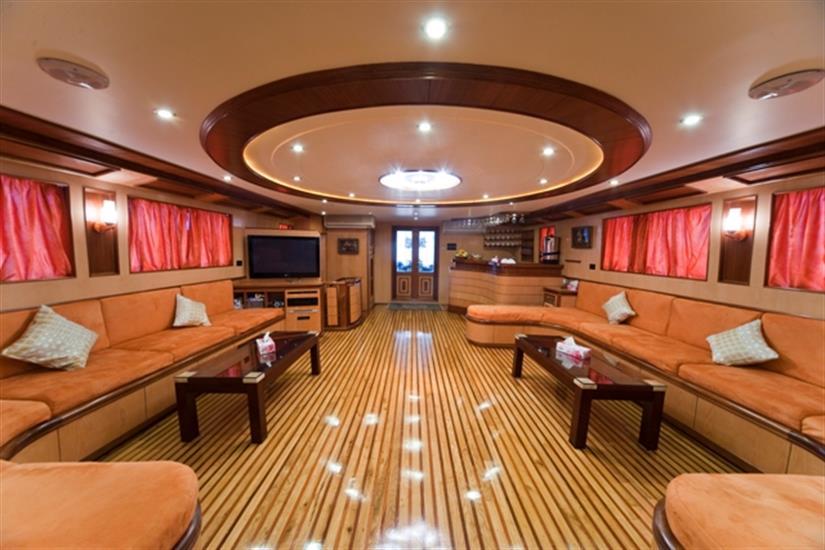 M/Y Obsession Liveaboard Red Sea Salon