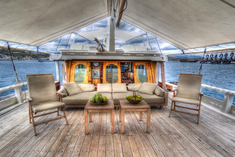 Relaxation areas on top deck - Duyung Baru Liveaboard